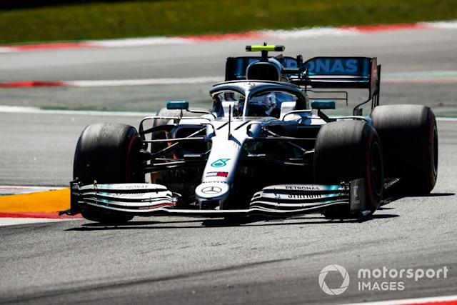 "Racing Point RP20 y Mercedes W10 <span class=""copyright"">Glenn Dunbar / Motorsport Images</span>"