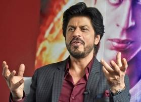 Shah Rukh Khan reveals that he is not comfortable buying underwear online