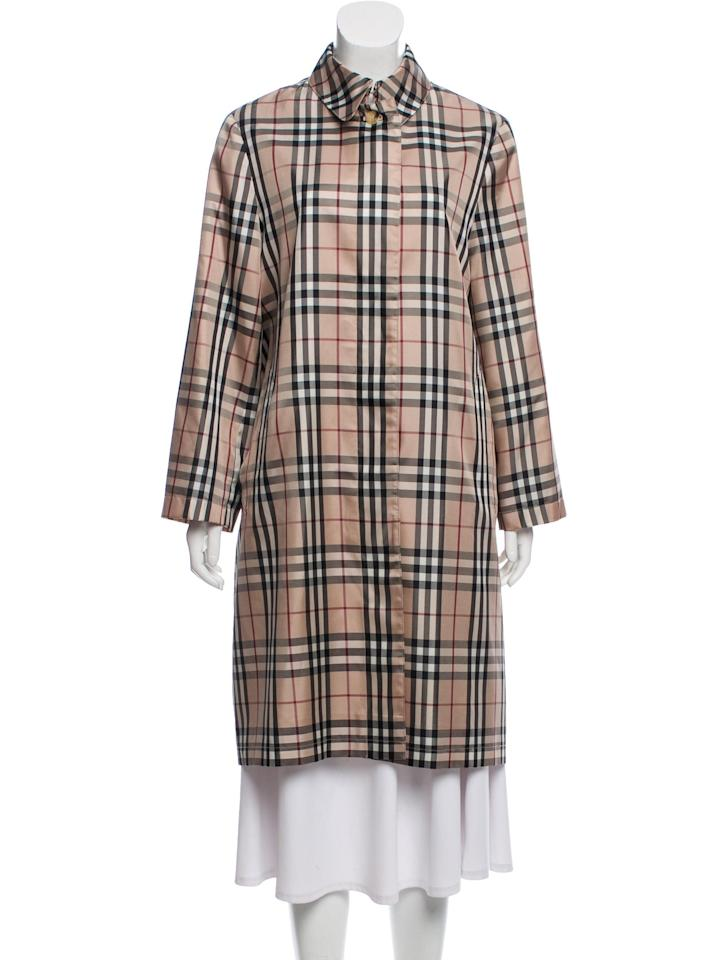 """<p><a href=""""https://www.popsugar.com/buy/Burberry-London-Plaid-Print-Trench-Coat-535719?p_name=Burberry%20London%20Plaid%20Print%20Trench%20Coat&retailer=therealreal.com&pid=535719&price=725&evar1=fab%3Aus&evar9=47052641&evar98=https%3A%2F%2Fwww.popsugar.com%2Ffashion%2Fphoto-gallery%2F47052641%2Fimage%2F47052692%2FBurberry-London-Plaid-Print-Trench-Coat&list1=burberry%2Cvintage&prop13=mobile&pdata=1"""" rel=""""nofollow"""" data-shoppable-link=""""1"""" target=""""_blank"""" class=""""ga-track"""" data-ga-category=""""Related"""" data-ga-label=""""https://www.therealreal.com/products/women/clothing/coats/burberry-london-plaid-print-trench-coat-6nqrj?position=84"""" data-ga-action=""""In-Line Links"""">Burberry London Plaid Print Trench Coat</a> ($725)</p>"""