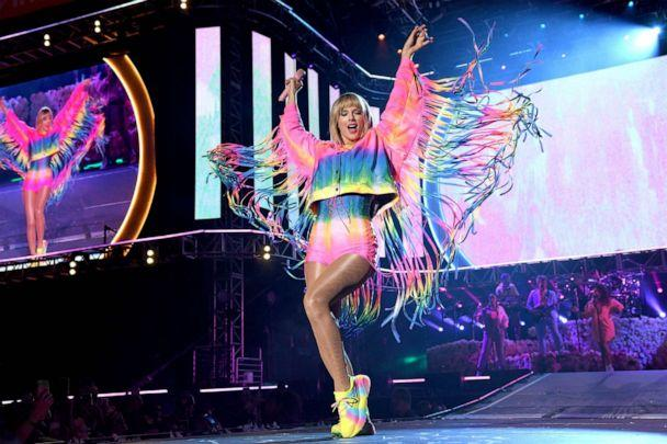 PHOTO: Taylor Swift performs onstage at 2019 iHeartRadio Wango Tango on June 01, 2019, in Carson, Calif. (Kevin Mazur/Getty Images for iHeartMedia, FILE)