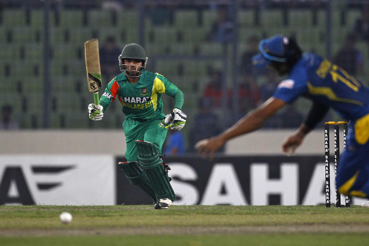 Bangladesh's Mominul Haque runs between the wickets after playing a shot during their second one-day international (ODI) cricket match against Sri Lanka in Dhaka, Bangladesh, Thursday, Feb. 20, 2014. (AP Photo/A.M. Ahad)