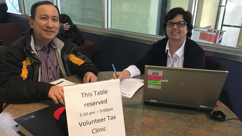 P.E.I. volunteer who needed help with tax return now helps others at free clinics