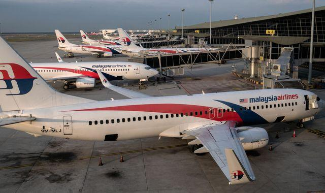 Malaysia Airlines' future hangs on gaining support for restructuring plan