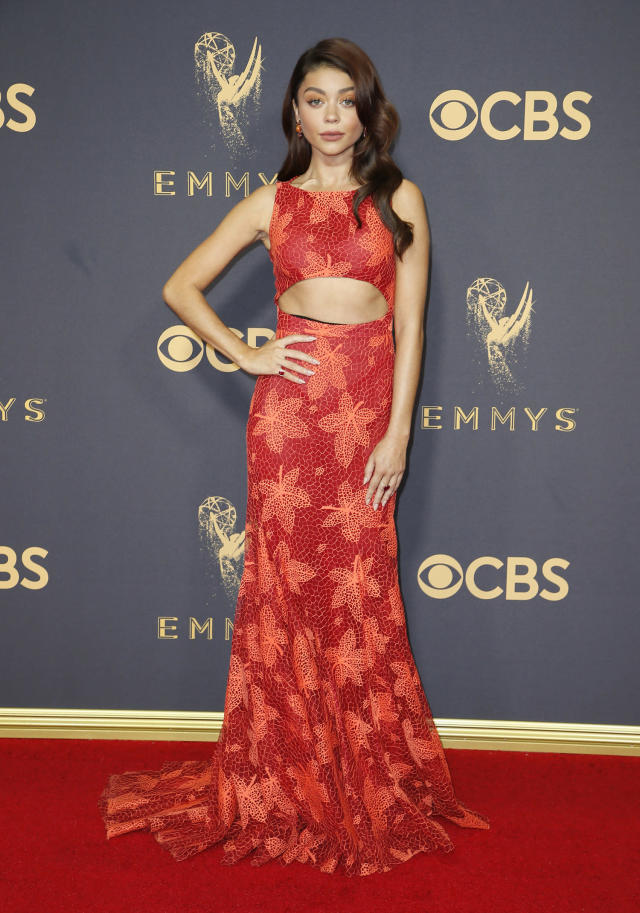 Sarah Hyland attends the 69th Annual Primetime Emmy Awards on Sept. 17, 2017. (Photo: Getty Images)