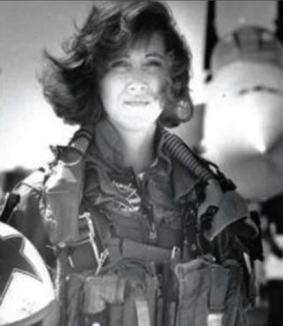 Shults was a US Navy pilot