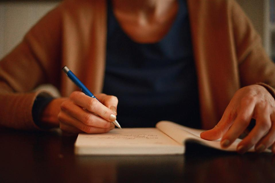 """<p>There's a lot you can learn from a single day, and your journal is a great place to do it. By reflecting on your day and evaluating your choices and emotional reactions, you can see where you devote your """"mental, emotional, and physical energy,"""" said Julianne Schroeder, MS, LPC, NCC, a therapist and therapeutic yoga instructor. </p> <p>The idea is to see clearly what you can and can't control, """"and then focus on the former,"""" added <a href=""""https://drsabrinaromanoff.com/"""" class=""""link rapid-noclick-resp"""" rel=""""nofollow noopener"""" target=""""_blank"""" data-ylk=""""slk:Sabrina Romanoff"""">Sabrina Romanoff</a>, PsyD, a clinical psychologist at Lenox Hill Hospital in New York City. These kinds of prompts help you see how you're living """"out of alignment with reality,"""" Dr. Romanoff said, and encourage you to find different approaches to tough situations.</p> <p>Try these prompts:</p> <ul> <li>When did I feel most at peace today? Where was I and what was I doing or not doing that was helpful? What about that moment can I replicate?</li> <li>What bad pattern did I reduce today?</li> <li>How am I better than yesterday?</li> <li>How can I do better? What would be another way to respond to a difficult situation today? </li> </ul>"""