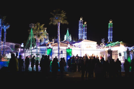 Most Spectacular Christmas Lights Worth Traveling For