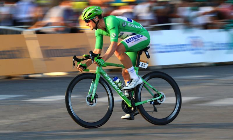 Sam Bennett at speed during the final stage in Paris