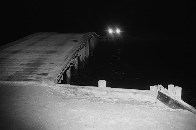 <p>A night time view of Dike Bridge, the site of Senator Ted Kennedy's auto accident that resulted in the death of a campaign worker. (Photo: Bettmann/Getty Images) </p>