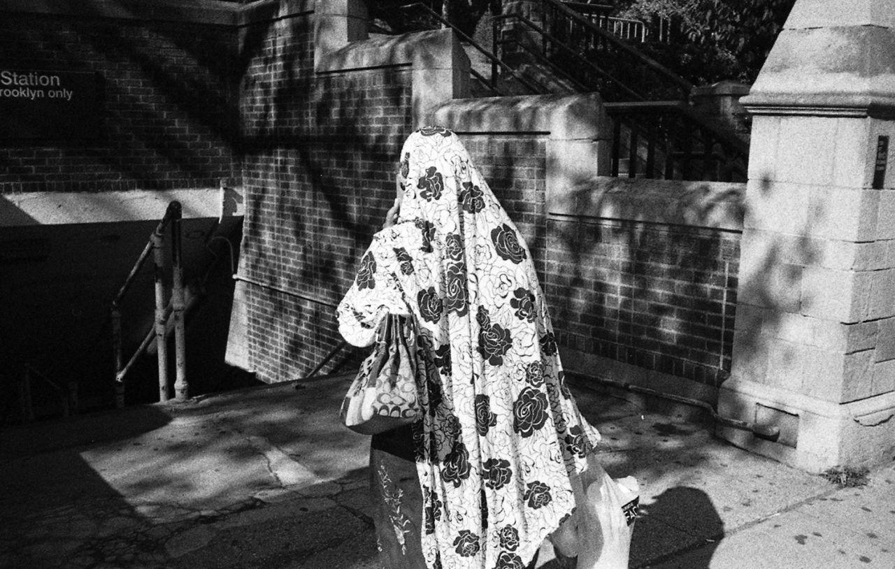 Photo Series Explores Everyday Lives Of Muslim Women In