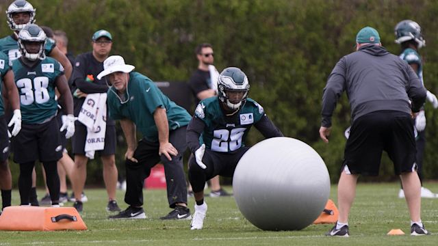In his latest Better or Worse, Andrew Kulp takes a look at the Eagles' running backs in 2019.
