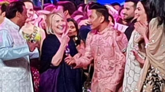 Hillary Clinton is one of the esteemed guests who are present at Isha Ambani wedding celebrations in Udaipur this weekend. Hillary enjoyed the festivities at the sangeet as she danced on stage with the Ambani family.