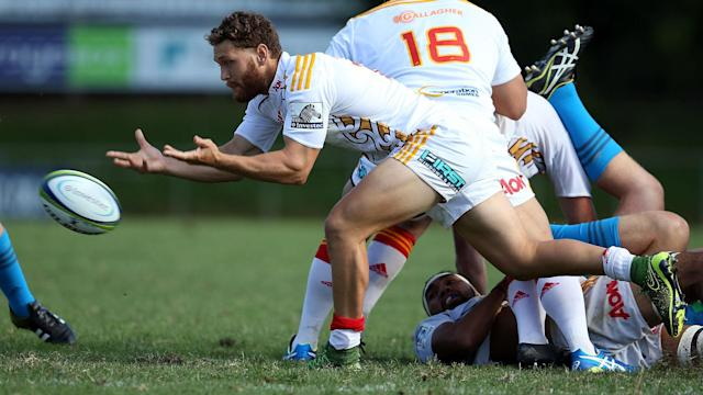 Tawera Kerr-Barlow has been backed to get back to the peak of his powers after signing a new contract with Chiefs.