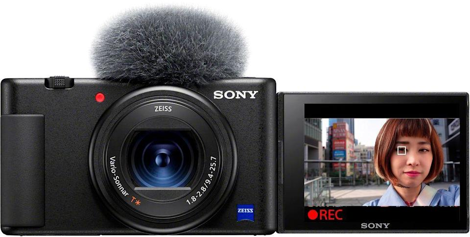 """<p><strong>Sony</strong></p><p>bestbuy.com</p><p><strong>$749.99</strong></p><p><a href=""""https://go.redirectingat.com?id=74968X1596630&url=https%3A%2F%2Fwww.bestbuy.com%2Fsite%2Fsony-zv-1-20-1-megapixel-digital-camera-for-content-creators-and-vloggers-black%2F6415933.p%3FskuId%3D6415933&sref=https%3A%2F%2Fwww.harpersbazaar.com%2Fwedding%2Fplanning%2Fg36435226%2Flast-minute-wedding-gift-ideas%2F"""" rel=""""nofollow noopener"""" target=""""_blank"""" data-ylk=""""slk:SHOP NOW"""" class=""""link rapid-noclick-resp"""">SHOP NOW</a></p><p>Surprise the couple with a new digital camera to help document this new chapter in their lives and to take on their honeymoon.</p>"""