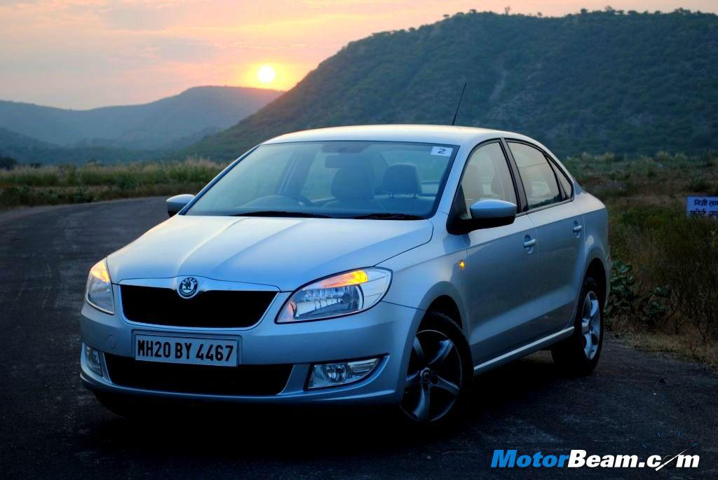 The Skoda Rapid is available with a discount between Rs. 30,000 to Rs. 45,000/-.