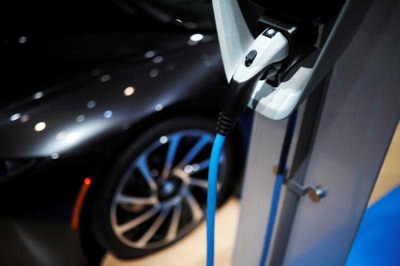 Bmw Says Electric Car Mass Production Not Viable Until 2020