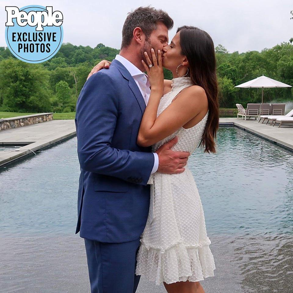 The Bachelor's Jesse Palmer and Model Emely Fardo Are Married