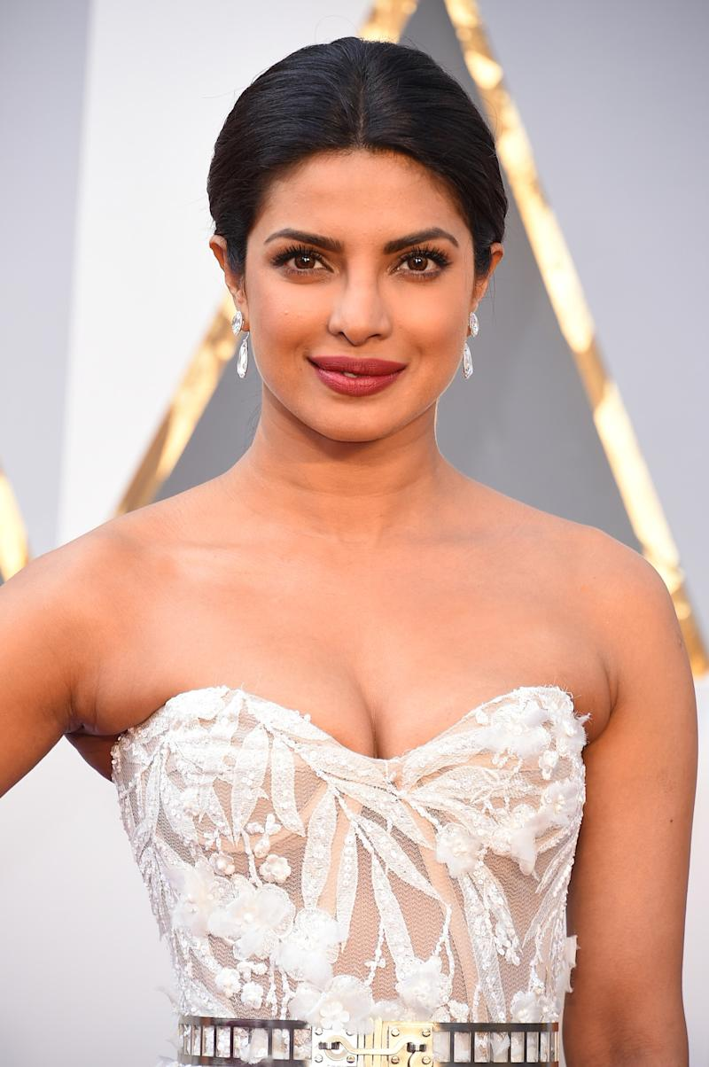 Priyanka Chopra S Wedding Dress Is One Of The Most Elaborate We Ve Ever Seen