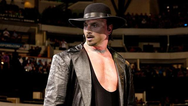 <p>Older. Vastly experienced. Massive. An actual God.</p> <br><p>No, this isn't a bad write up for a dating-profile-turned-ever-so-slightly-perverted, but it's a series of words and tags that are fitting of both Zlatan Ibrahimovic and The Undertaker.</p> <br><p>Zlatan isn't a deadman - far from it - but he'd have no problem hoisting you up for a chokeslam. Nobody crosses him after all, as Tyrone Mings recently found out...</p>
