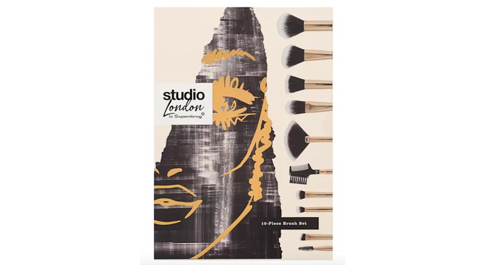 Superdrug Studio London 10 Piece Brush Vault Set