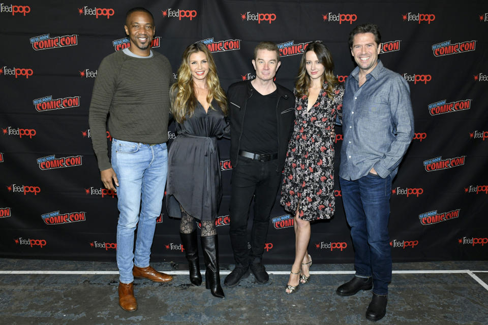 NEW YORK, NEW YORK - OCTOBER 05: J. August Richards, Charisma Carpenter, James Marsters, Amy Acker, and Alexis Denisof attend the press line at the Angel - 20th Anniversary panel during New York Comic Con at Hammerstein Ballroom on October 05, 2019 in New York City. (Photo by Eugene Gologursky/Getty Images for ReedPOP )