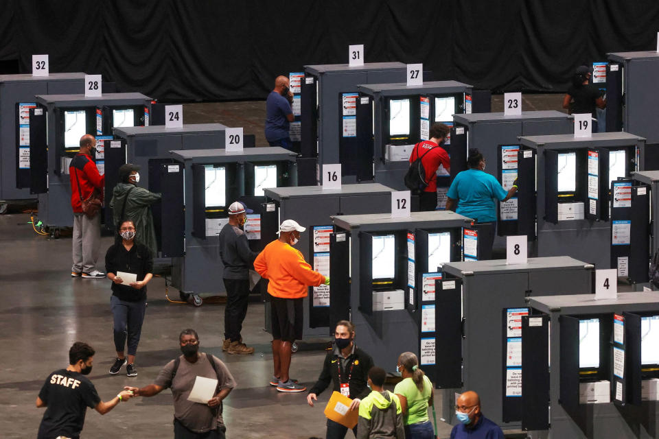 Image: Voters cast their ballots for the upcoming presidential elections in Atlanta (Chris Aluka Berry / Reuters)