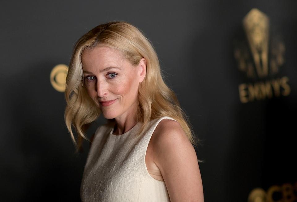 Emmy-winner Gillian Anderson used the Charlotte Tilbury Airbrush Flawless Longwear Foundation on the red carpet. (Photo by Gareth Cattermole/Getty Images)