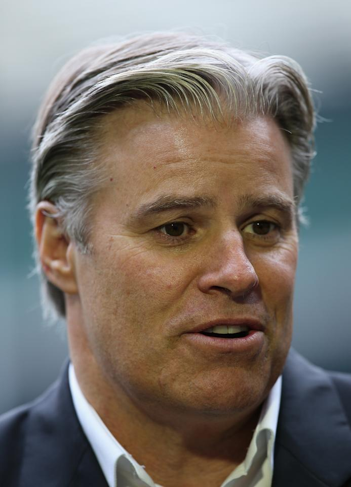 LONDON, ENGLAND - NOVEMBER 27: Brett Gosper, the IRB chief executive, talks to the media during the England 2015 Rugby World Cup Ticketing and Times launch at Twickenham Stadium on November 27, 2013 in London, England. (Photo by David Rogers/Getty Images)
