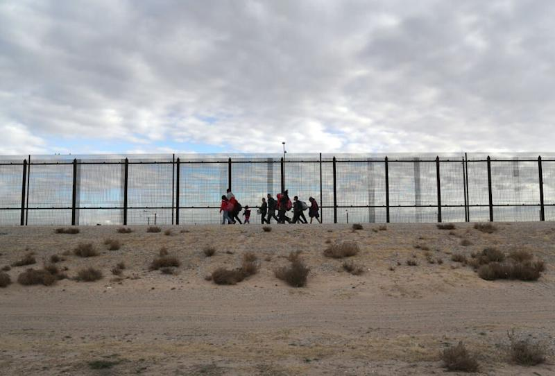 Pregnant Woman, 19, Dies After Falling From Border Wall Near El Paso