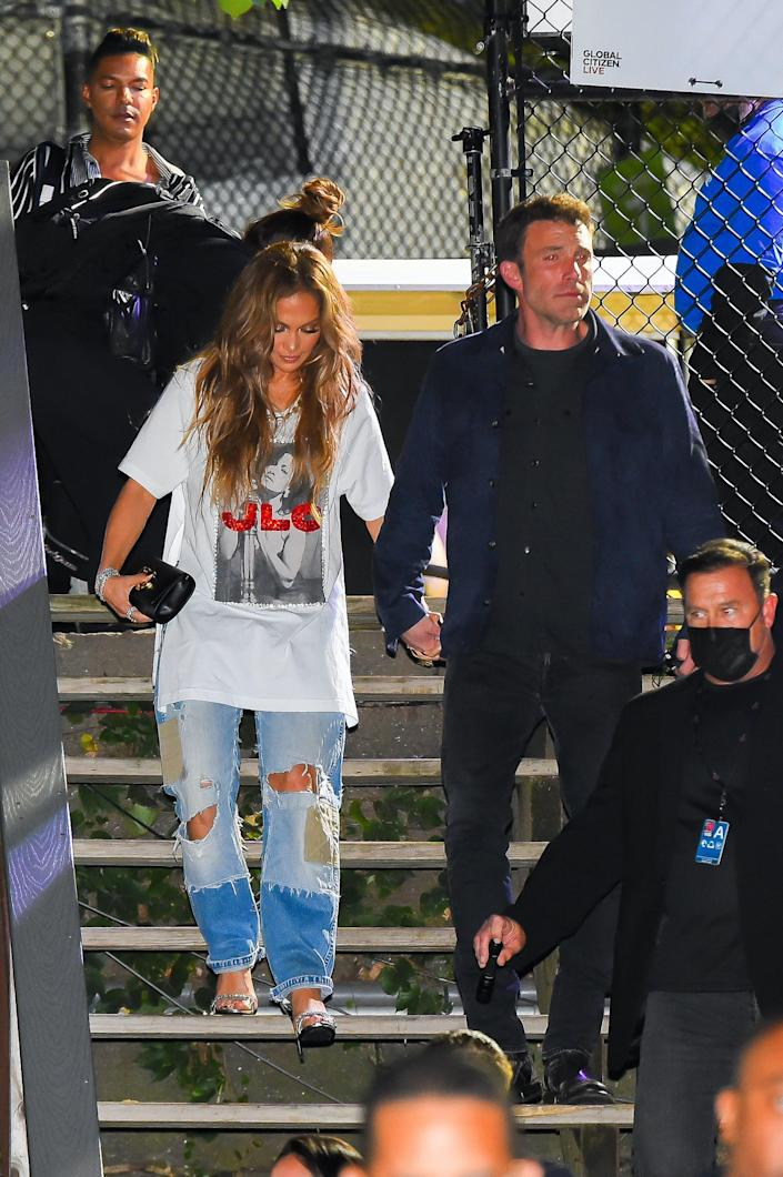 See Adorable Photos of Ben Affleck Helping Jennifer Lopez Down the Stairs During Date Night