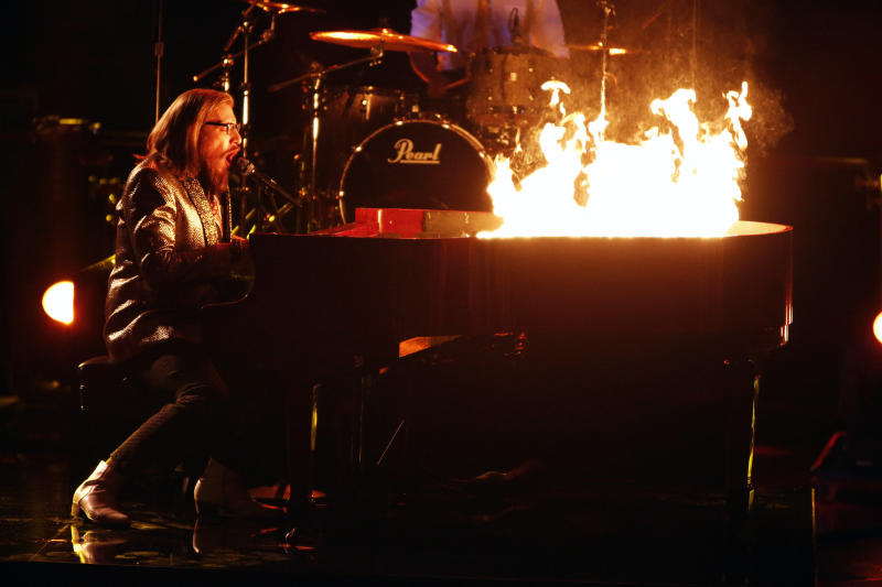 """This Monday, Dec. 17, 2012 file photo released by NBC shows Nicholas David performing on """"The Voice,"""" """"Live Show"""" Episode 323A on the part one season 3 finale in Los Angeles. (AP Photo/NBC, Tyler Golden)"""