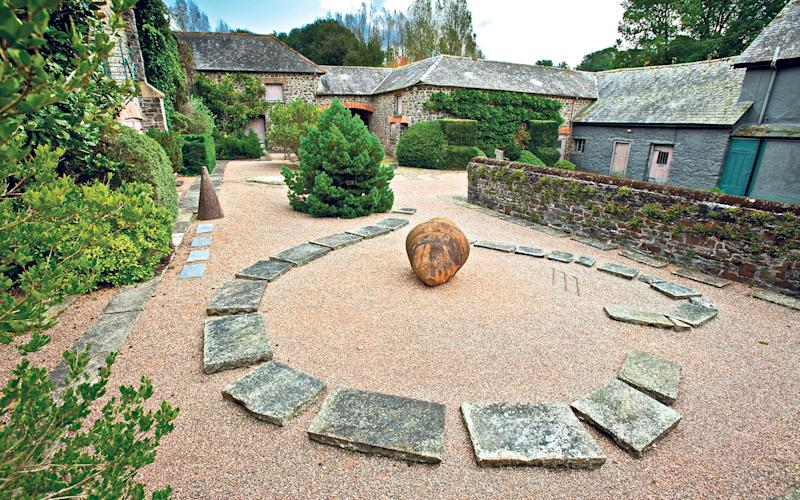 Enigmatic features: The Hermes courtyard - Neil Hepworth