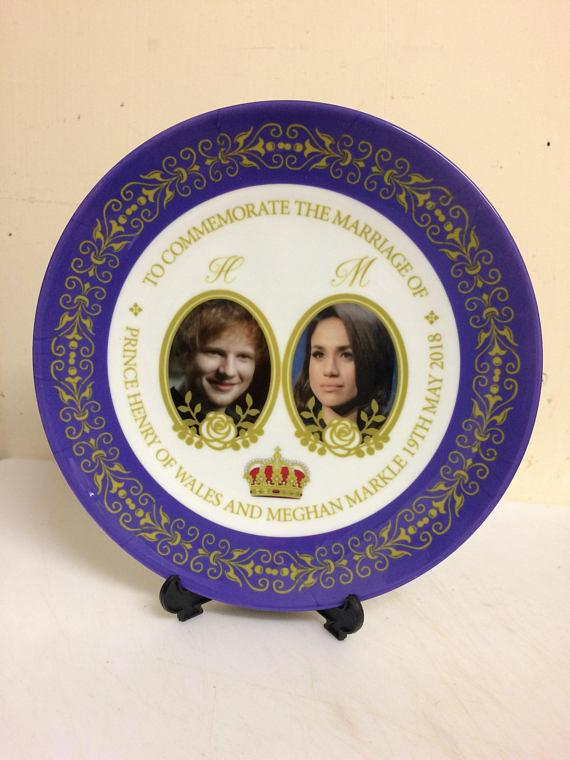 Ed Sheeran replaces Prince Harry on plate commemorating royal wedding. Photo via Etsy