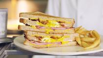 <p>Grilled cheese for breakfast? You butter believe it.</p><p>Get the recipe from <span>Delish</span>.</p>
