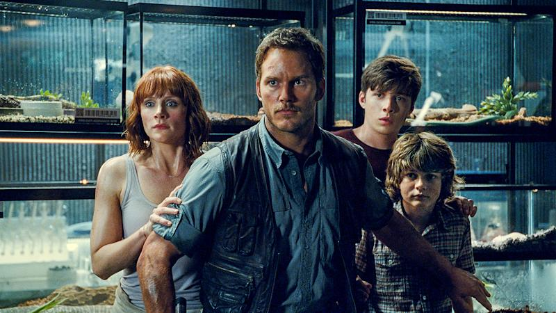 Chris Pratt with Bryce Dallas Howard and the film's two young stars. (Credit: Universal)