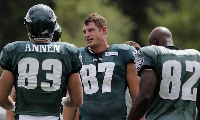 Philadelphia Eagles tight end Brent Celek (87) talks with teammates during an NFL football training camp scrimmage of the New England Patriots and Eagles in Foxborough, Mass., Tuesday, Aug. 12, 2014. (AP Photo/Charles Krupa)