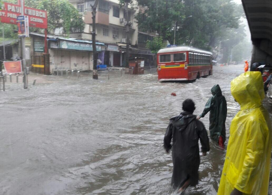 Mumbai comes to standstill as torrential rains take over