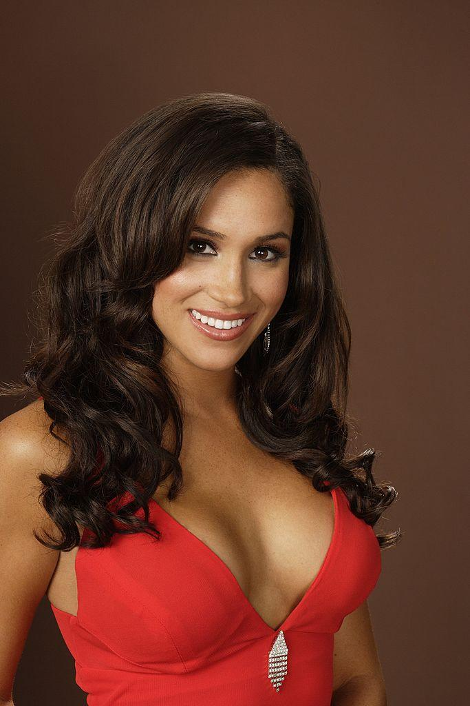 """Meghan Markle used to be a """"Deal or No Deal"""" girl, and the pictures are ~fierce~"""