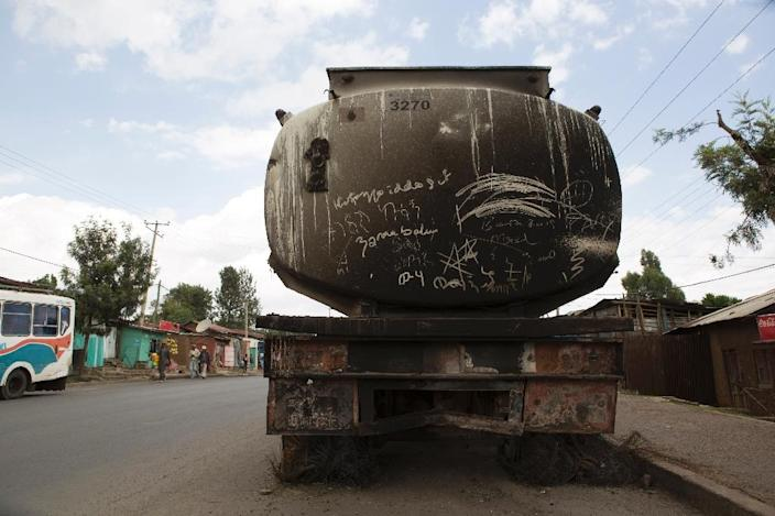 A destroyed tanker pictured in Sebeta, central Ethiopia on October 13, 2016 after protesters took to the streets to vandalise property thought to belong to the government (AFP Photo/Zacharias Abubeker)