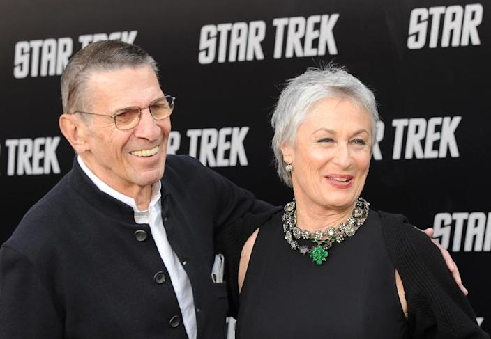 "Actor Leonard Nimoy and his wife, actress Susan Bay, arrive for the premiere of the movie ""Star Trek"" in Los Angeles, California, April 30, 2009 (AFP Photo/Mark Ralston)"