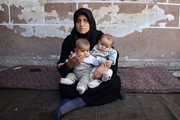 'At the doors of starvation:' siege strangles Damascus suburbs