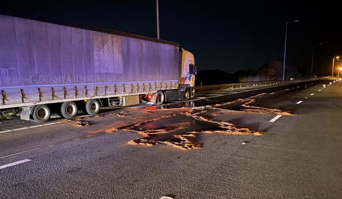 M25 oil spill sparks miles of traffic in Essex during early morning rush hour