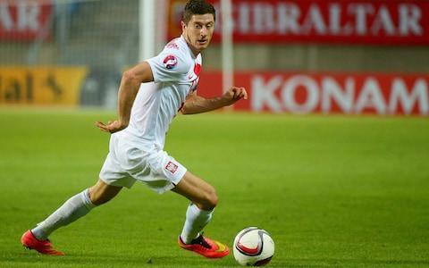 """Robert Lewandowski wants to leave Bayern Munich, according to agent Pini Zahavi. A Daily Telegraph exclusive earlier this month revealed that Chelsea have made the centre-forward their main summer transfer target. Zahavi told Sport Bild magazine that the Bundesliga's top scorer """"feels that he needs a change and a new challenge in his career."""" Zahavi, the agent who helped facilitate Neymar's transfer from Barcelona to Paris Saint-Germain last year, said Lewandowski's reasons """"are not money or a specific club, as nearly all top clubs would like to have the world's best striker in their ranks."""" The 29-year-old Poland striker, whose contract with Bayern runs to 2021, wants to leave this off-season, Zahavi reportedly said. Robert Lewandowski will be in action for Poland at the World Cup Credit: EPA Lewandowski has scored 106 goals in 126 Bundesliga games for Bayern since switching from league rival Borussia Dortmund in 2014. He helped the team win the league each year, chipping in 29 goals this season. Bayern chairman Karl-Heinz Rummenigge recently ruled out a transfer. """"We know what we have in Robert Lewandowski. Nobody need worry, he will also play football here in Munich next year,"""" Rummenigge said. Lewandowski parted with previous agent Cezary Kucharski in February, when he turned to Zahavi. Revealed: The inside story of how Antonio Conte's reign at Chelsea turned sour Sport Bild reported that Real Madrid's interest has cooled after Lewandowski's failure to score in the Champions League semifinals against the club, but that Paris Saint-Germain, Chelsea and Manchester United are interested. Chelsea are looking to add more firepower after club-record purchase Alvaro Morata endured a difficult debut season. Despite a promising start, the Spaniard missed a glut of high-profile chances, while tragedy befell him off the pitch following the death of one of his closest friends in a car crash mid-season. Chelsea snapped up Olivier Giroud in an £18 million deal in January, who"""