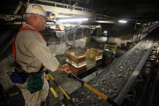 Implats cedes 51% of Zimbabwe platinum mine