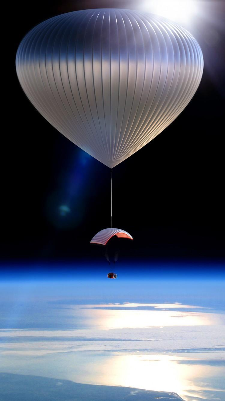 <p>Run out of places to visit on Earth? Why not take a $118,000 trip to space! </p>