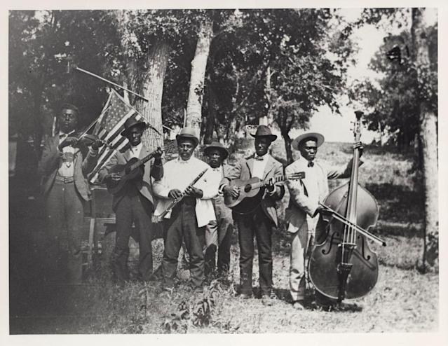 African-American band at Emancipation Day celebration on June 19, 1900, in Austin, Texas. (Austin History Center, Austin Public Library)
