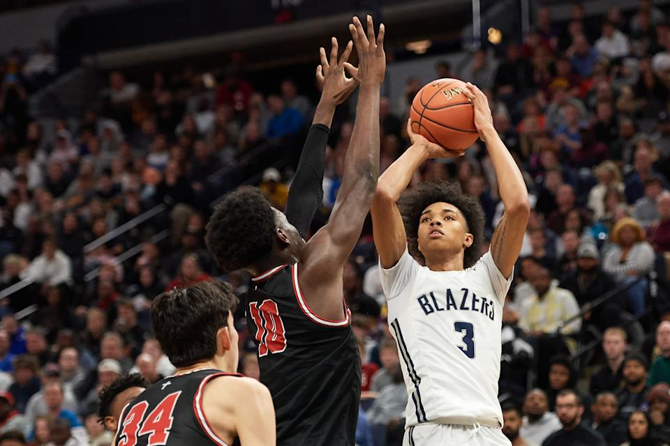 Brandon Boston, Jr. of Sierra Canyon Trailblazers shoots the ball against the Minnehaha Academy Red Hawks during a game on Jan. 04, 2020. (Hannah Foslien/Getty Images)