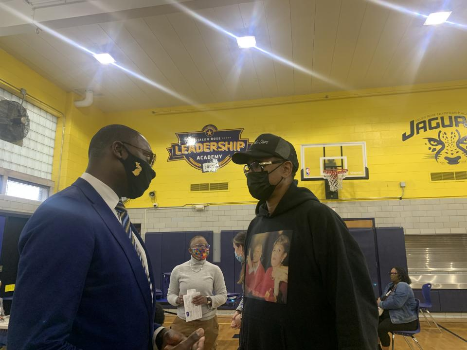 Jalen Rose was in Detroit Thursday in an effort to promote vaccination for COVID-19. (Yahoo Sports)