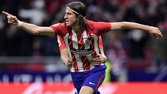 <p>The same age as Pisczcek on the other flank, Filipe Luis' performances at left-back in recent years have meant he's earned his reputation as one of Europe's best in that position.</p> <br><p>Known for astute and uncompromising defensive prowess, Filipe Luis is a key part of Atletico Madrid's back line under Diego Simeone, whilst offering width and good delivery in attacking situations. </p> <br><p>The Brazilian international is another of this team who has runners-up Champions League medals, coming in 2014 and 2016, losing to bitter city rivals Real Madrid, although his wealth of experience means there are few better candidates for the position than Filipe Luis. </p>