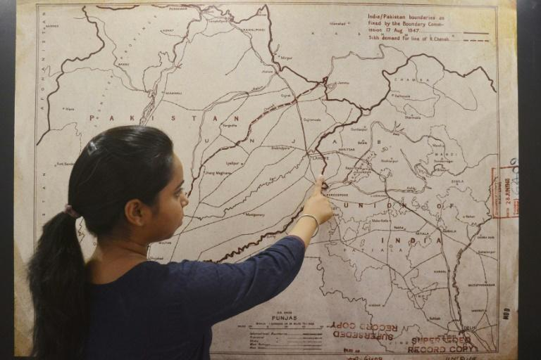 On both sides of the border that divided the subcontinent 70 years ago during partition, historians are racing to record the accounts of the last living witnesses to one of the largest, deadliest human migrations of all time